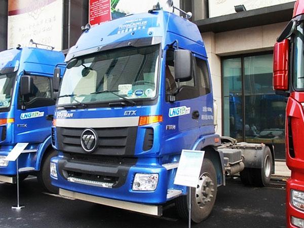 福田-歐曼ETX-5係重卡-336馬力-4X2-LNG牽引車(BJ4182SLFCA-XA)